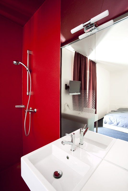 Hotel Bathroom _ S&P Design